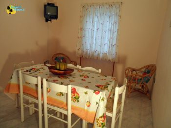 appartamento-camerota-salotto2-1200x768